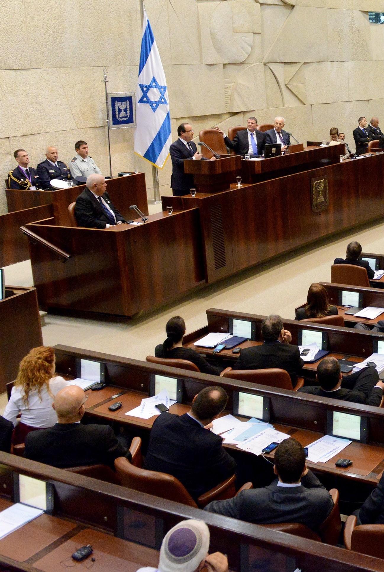 newprimeministernaftalibennettunveilshisworkplanforisrael