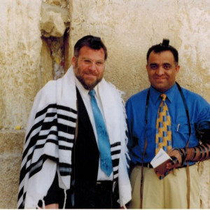 dr kazmir with rabbi at western wall