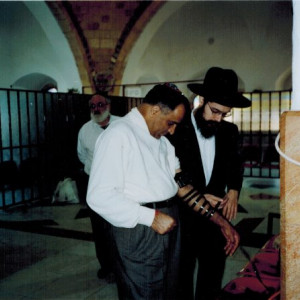 dr kazmir with rabbi in israel